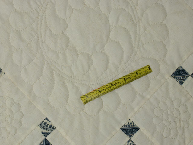Nine Patch Charm  Queen size Ivory with touch of Blue Photo 8