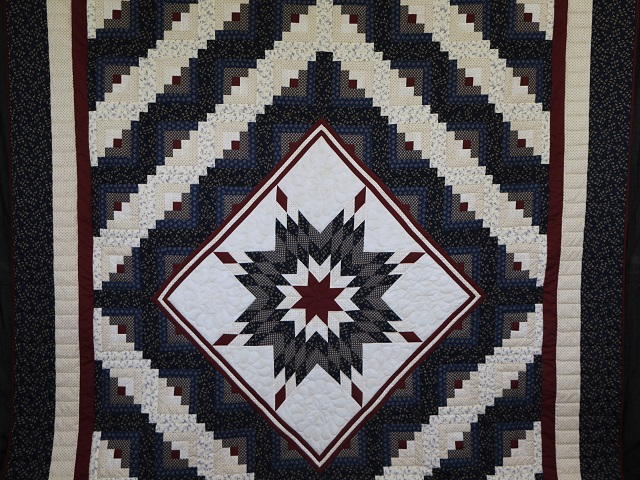 Navy Blue and Burgundy Lone Star Log Cabin Quilt Photo 2