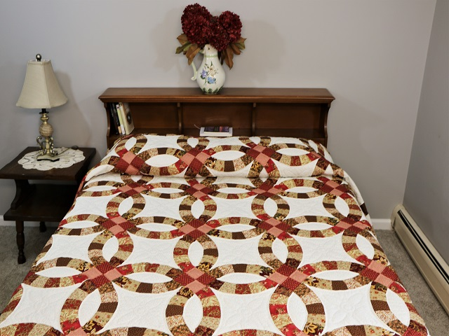 King Double Wedding Ring Quilt Photo 1