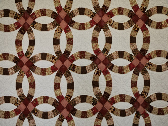 King Double Wedding Ring Quilt Photo 3