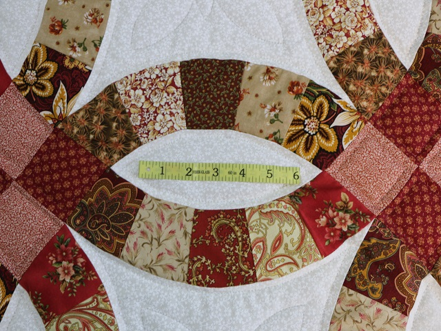 King Double Wedding Ring Quilt Photo 7