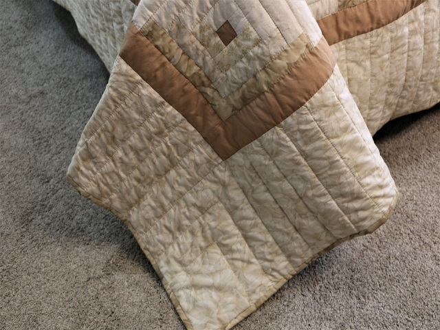 Beige Lone Star Log Cabin Quilt Photo 8