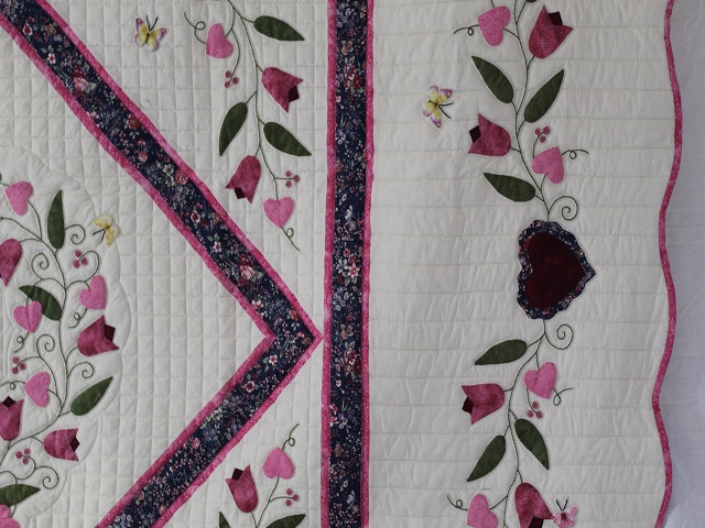 Burgundy and Pink Hearts and Tulips Quilt Photo 4