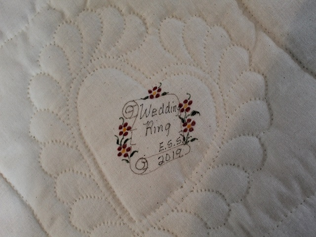 Moda Double Wedding Ring Quilt Photo 7