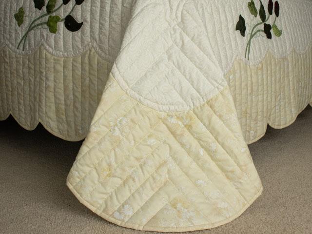C J Horst Original Design Petal Showcase QUEEN Size Quilt Photo 7