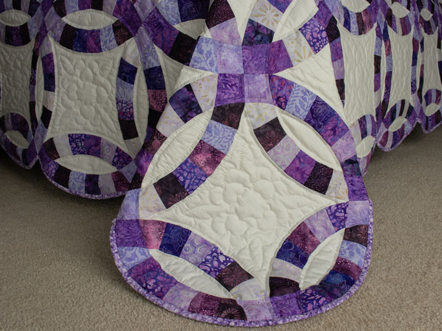 QUEEN SIZE BED Wedding Ring charming raspberry, purple, and lilac fabrics in batiks Photo 7