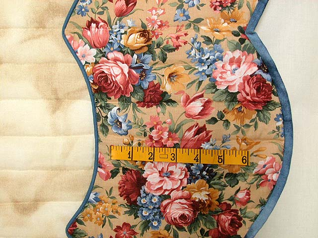 Blue Rose and Tan Heart of Roses Quilt Photo 7