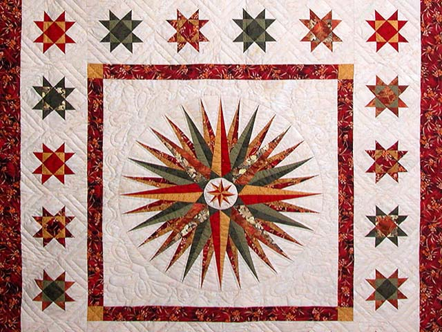 Red Green and Gold Mariner Compass Quilt Photo 3