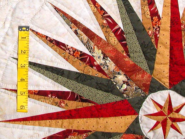 Red Green and Gold Mariner Compass Quilt Photo 5