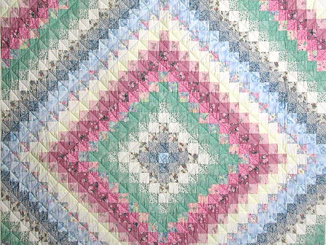 Pastel Trip Around the World Quilt Photo 3