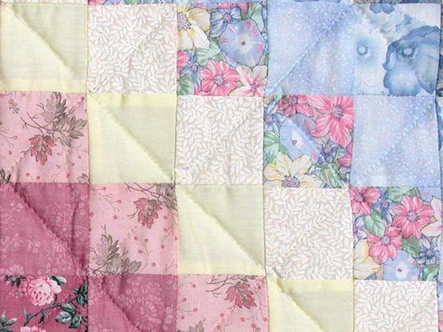 Pastel Trip Around the World Quilt Photo 6