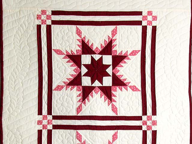 Burgundy Feathered Edge Star Crib Quilt Photo 2