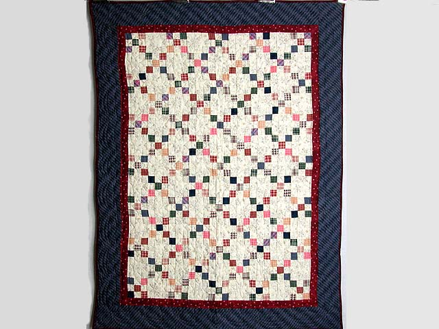 Plaid Multicolor Nine Patch Crib Quilt Photo 1