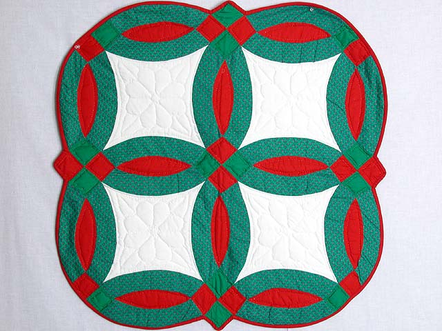 Christmas Double Wedding Ring Table Throw Photo 1