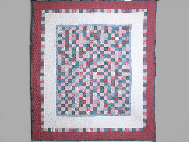 Cranberry Hit or Miss Throw Crib Quilt Photo 1