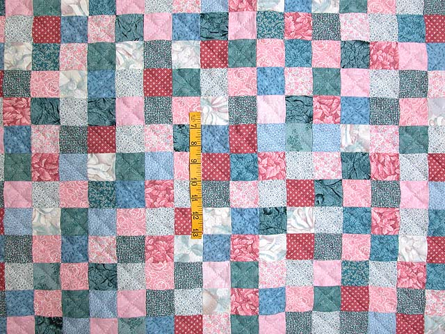 Cranberry Hit or Miss Throw Crib Quilt Photo 3