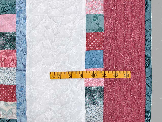 Cranberry Hit or Miss Throw Crib Quilt Photo 5