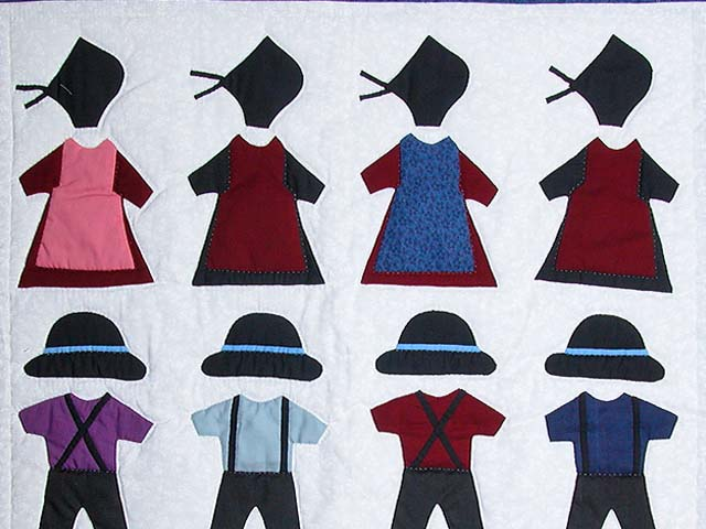Amish Clothes Small Crib Quilt Photo 2