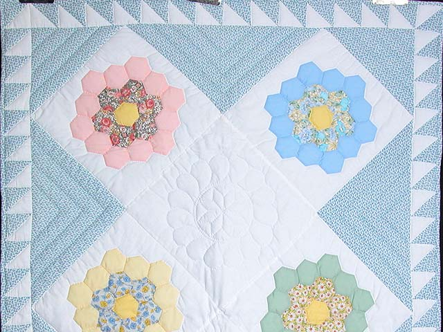 Pastel Flower Garden Crib Quilt Photo 2