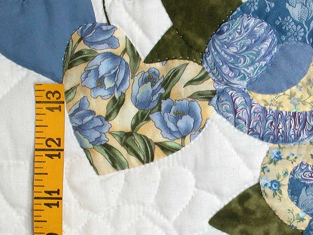 Crane design by jan mott wool applique penny rug punchneedle