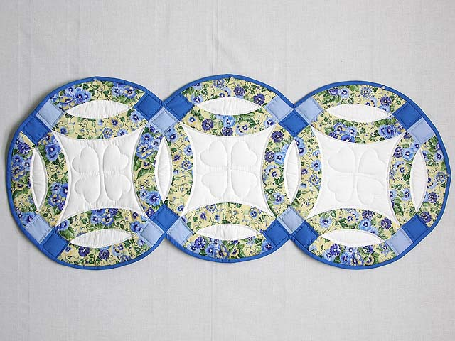 Blue and Yellow Double Wedding Ring Runner Photo 1