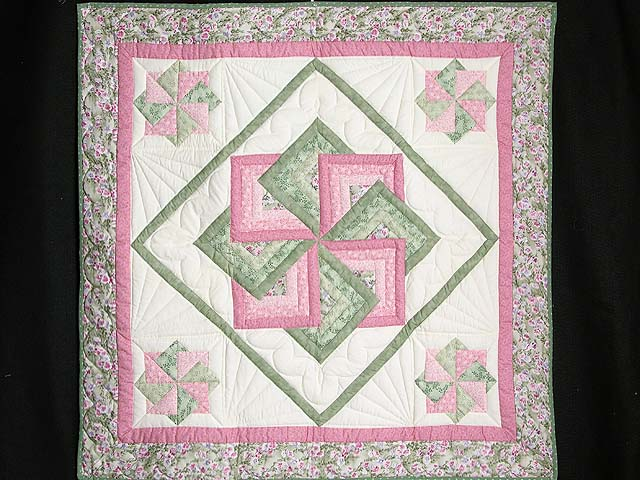 Pink and Green Star Spin Wall Hanging Photo 1