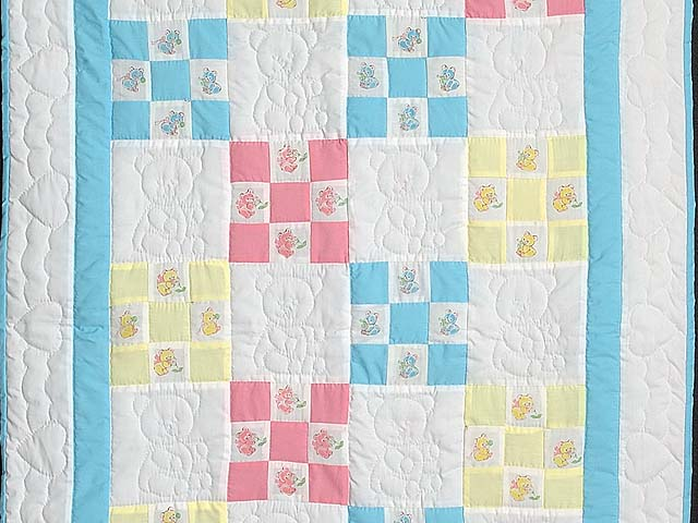 Pastel Nine Patch Teddy Bear Crib Quilt Photo 2