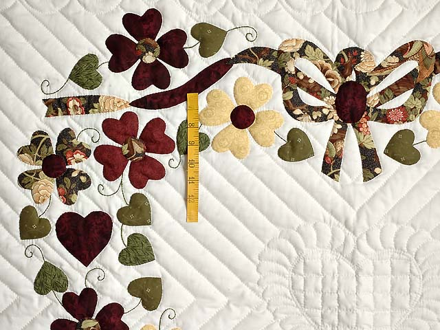 Green and Burgundy Hearts Bouquet Wallhanging Photo 3