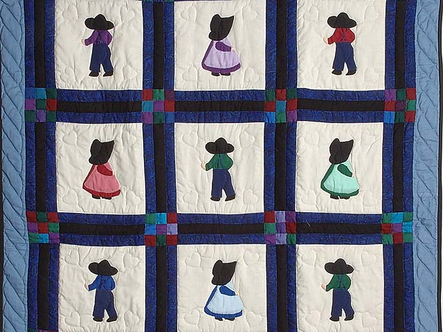 Amish Children Nine Patch Crib Quilt Photo 2