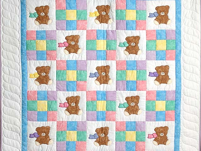 Nine Patch Teddy Bear Crib Quilt Photo 2