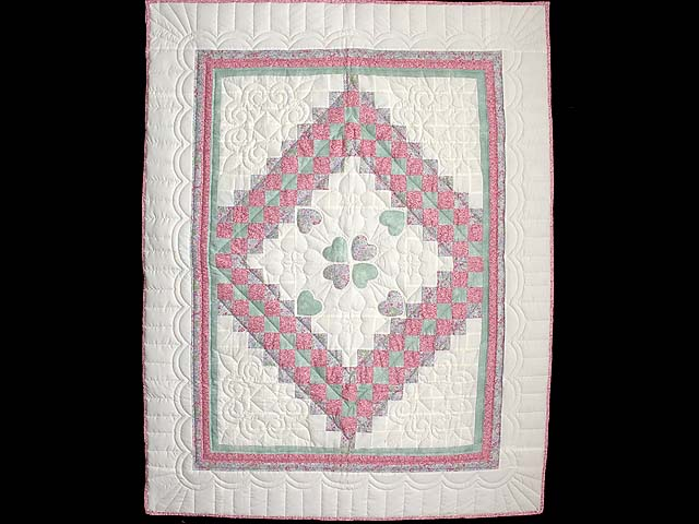 Pink Green and Lavender Hearts Trip Around the World Crib Quilt Photo 1