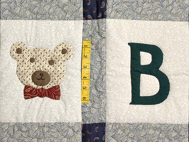 Apple Bear and Cat Applique Crib Quilt Photo 4