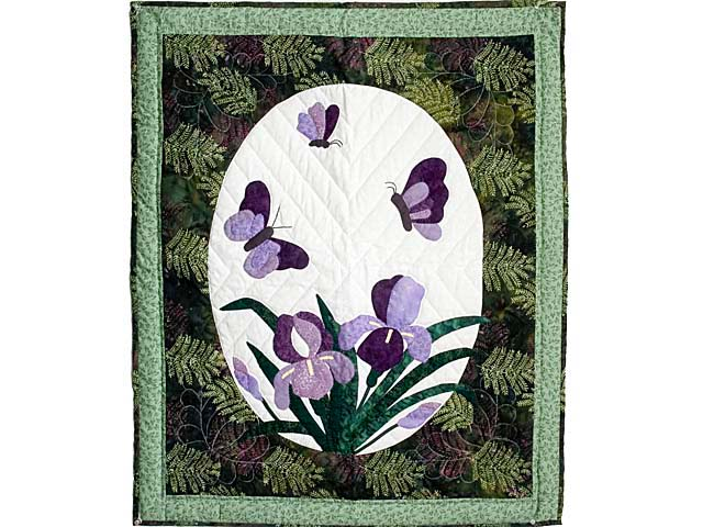 Fern Green Applique Iris Wall Hanging Photo 1