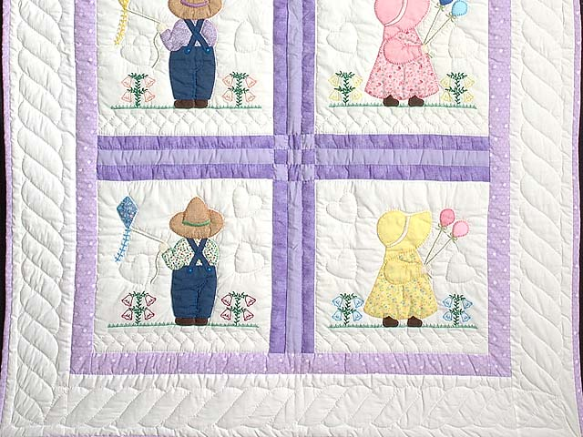 Lavender Sunbonnet Sue & Bill Crib Quilt Photo 3