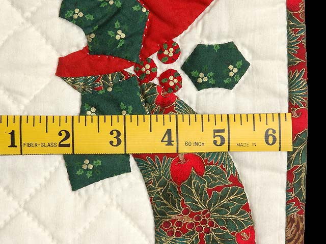 Red Green and Gold Holly Heart Wall Hanging Photo 5