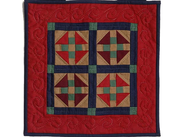 Miniature Amish Monkey Wrench Quilt Photo 1