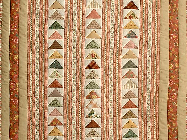Salmon Flying Geese Crib Quilt Photo 2