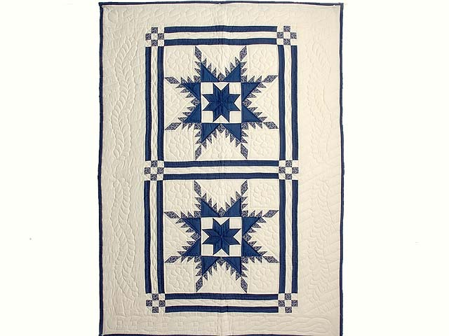 Navy and Cream Feathered Edge Star Crib Quilt Photo 1