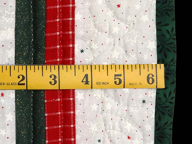Red and Green Patchwork Christmas Tree Wall Hanging Photo 5