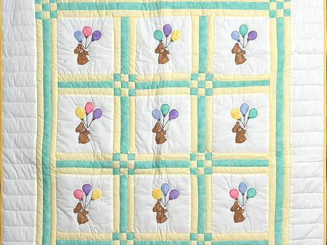 Green and Yellow Teddy Bear Crib Quilt Photo 2