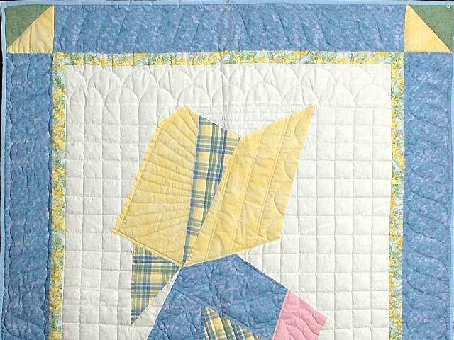 Pastel Holly Hobby Crib Quilt Photo 2