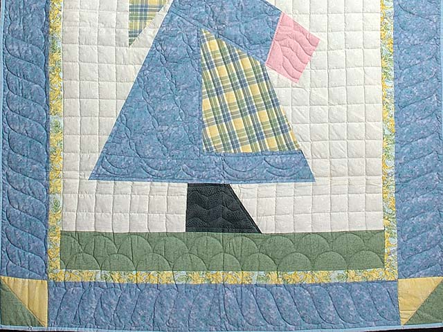 Pastel Holly Hobby Crib Quilt Photo 3