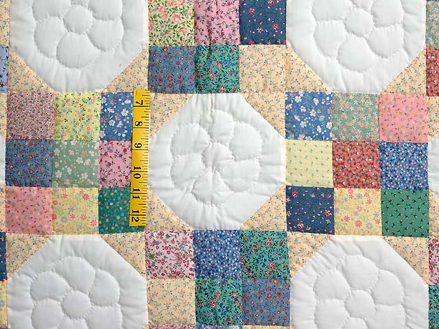 Pastel Snowball Crib Quilt Photo 3
