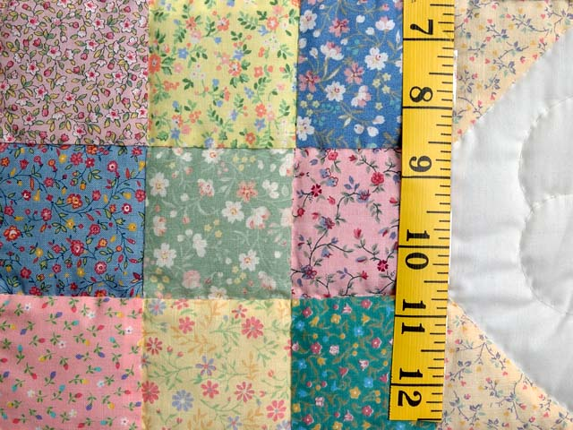 Pastel Snowball Crib Quilt Photo 4