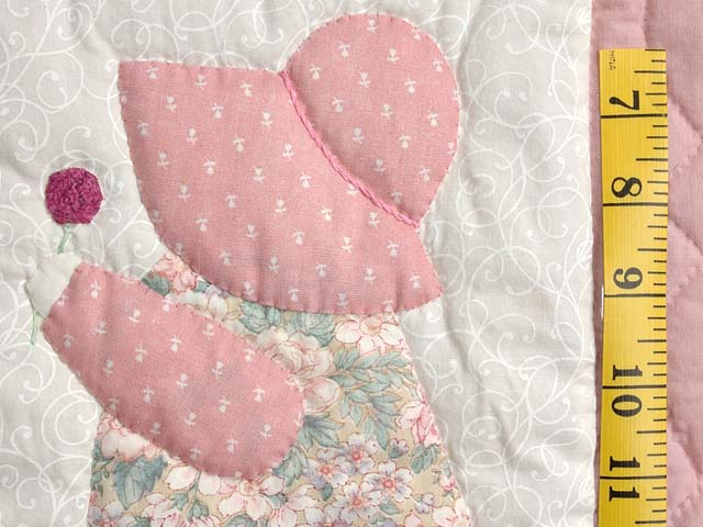Pink Sunbonnet Sue Crib Quilt Photo 4
