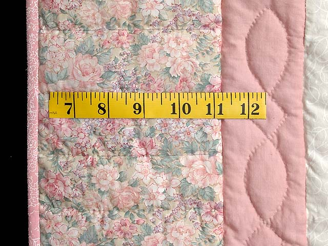 Pink Sunbonnet Sue Crib Quilt Photo 6
