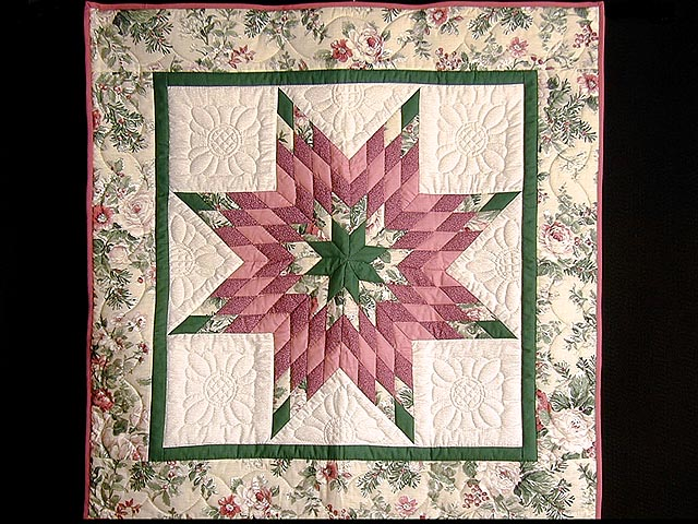 Rose and Green Lone Star Wall Hanging Photo 1