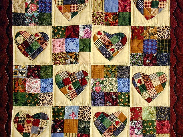Green Multicolor Hearts and Nine Patch Wall Hanging Photo 2