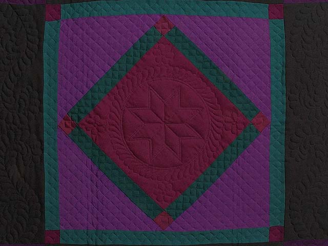 Amish Woolen Center Diamond Wall Hanging Photo 2