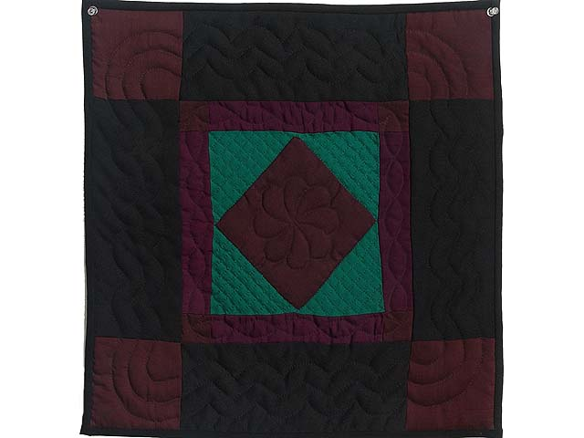 Amish Woolen Center Diamond Miniature Quilt Photo 1